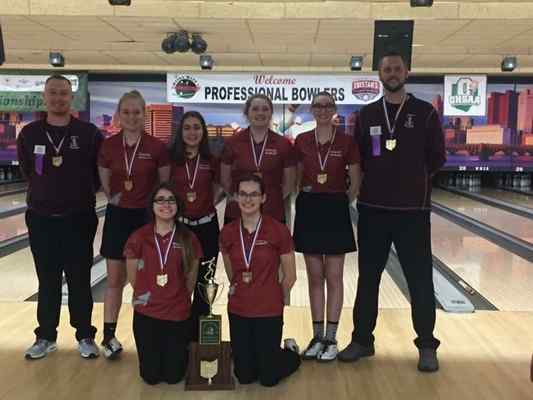 Fairport girls bowlers capture Division II state championship