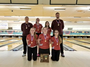 Fairport girls bowling team wins D-II district title - February 24, 2018