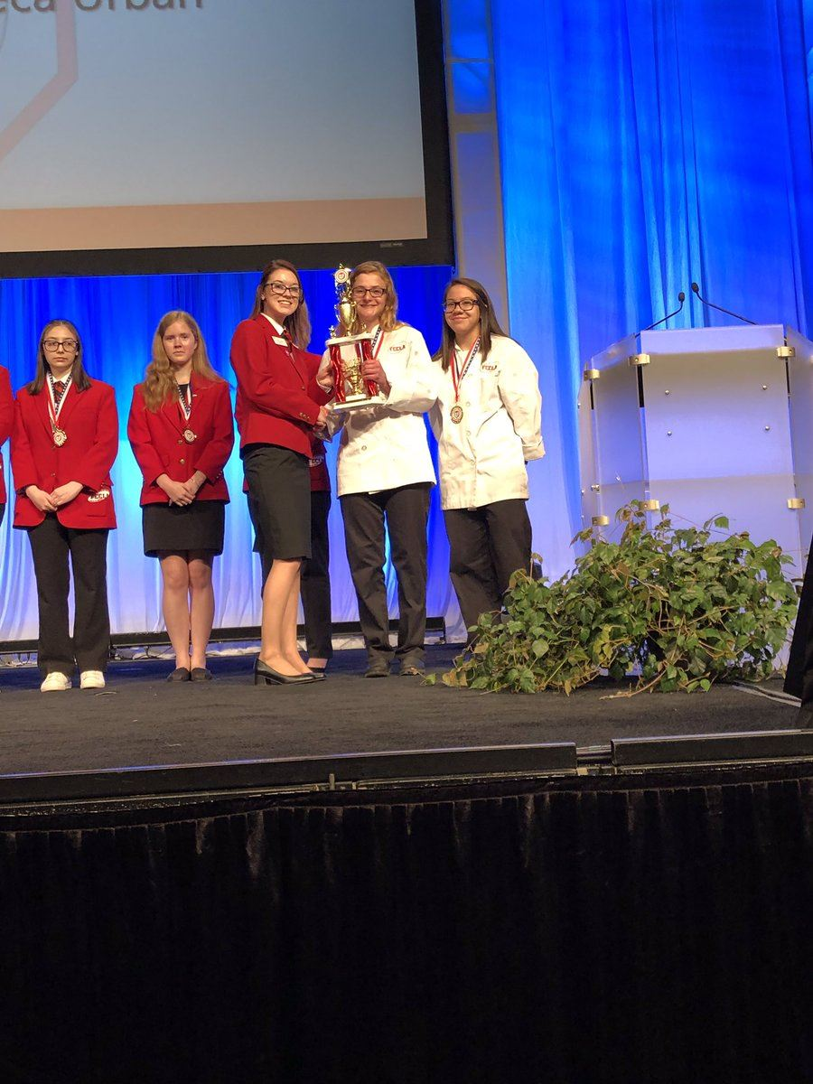 Maria Sterringer takes 2nd place in Product Development at FCCLA States! 4/26